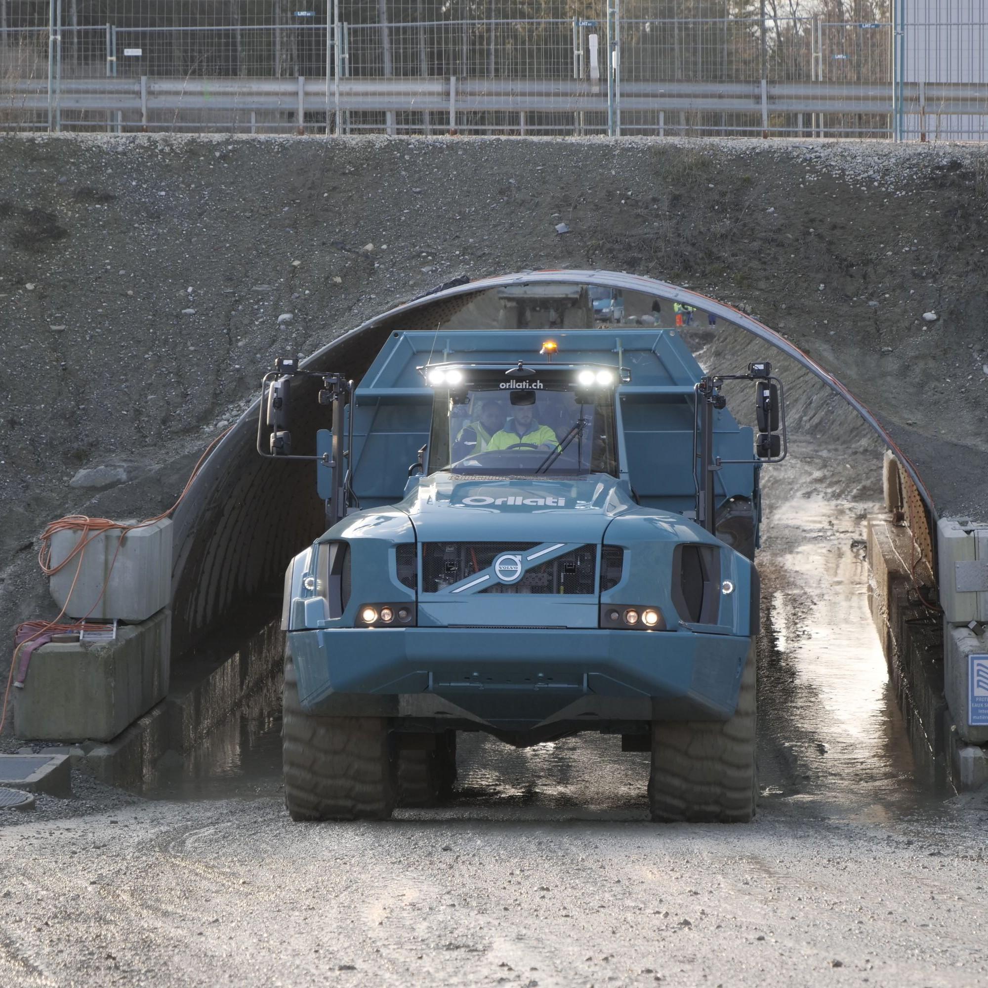 Avec sa charge utile, le Volvo A60H fait à lui tout seul le travail de deux dumpers.