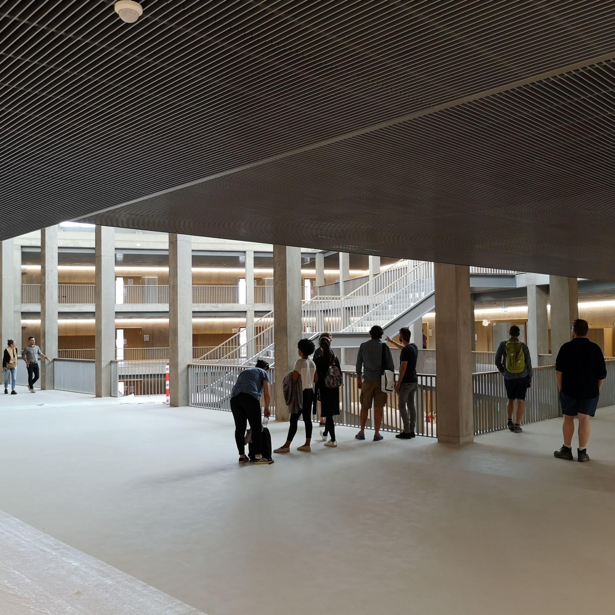 Le nouvel établissement scolaire peut accueillir jusqu'à 700 élèves de 11 à 16 ans.