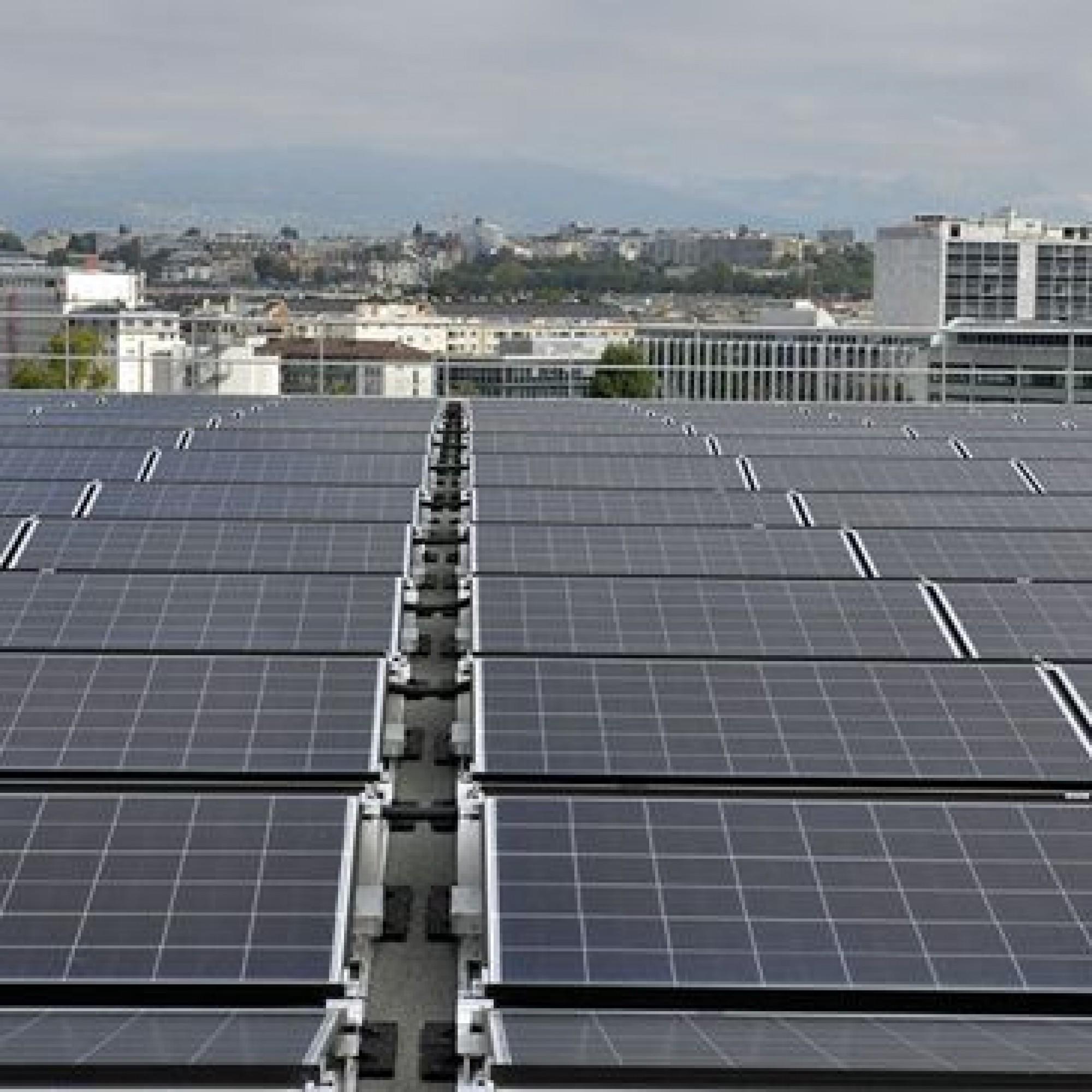 Les Ports-Francs, à Genève, deuxième centrale solaire romande en taille