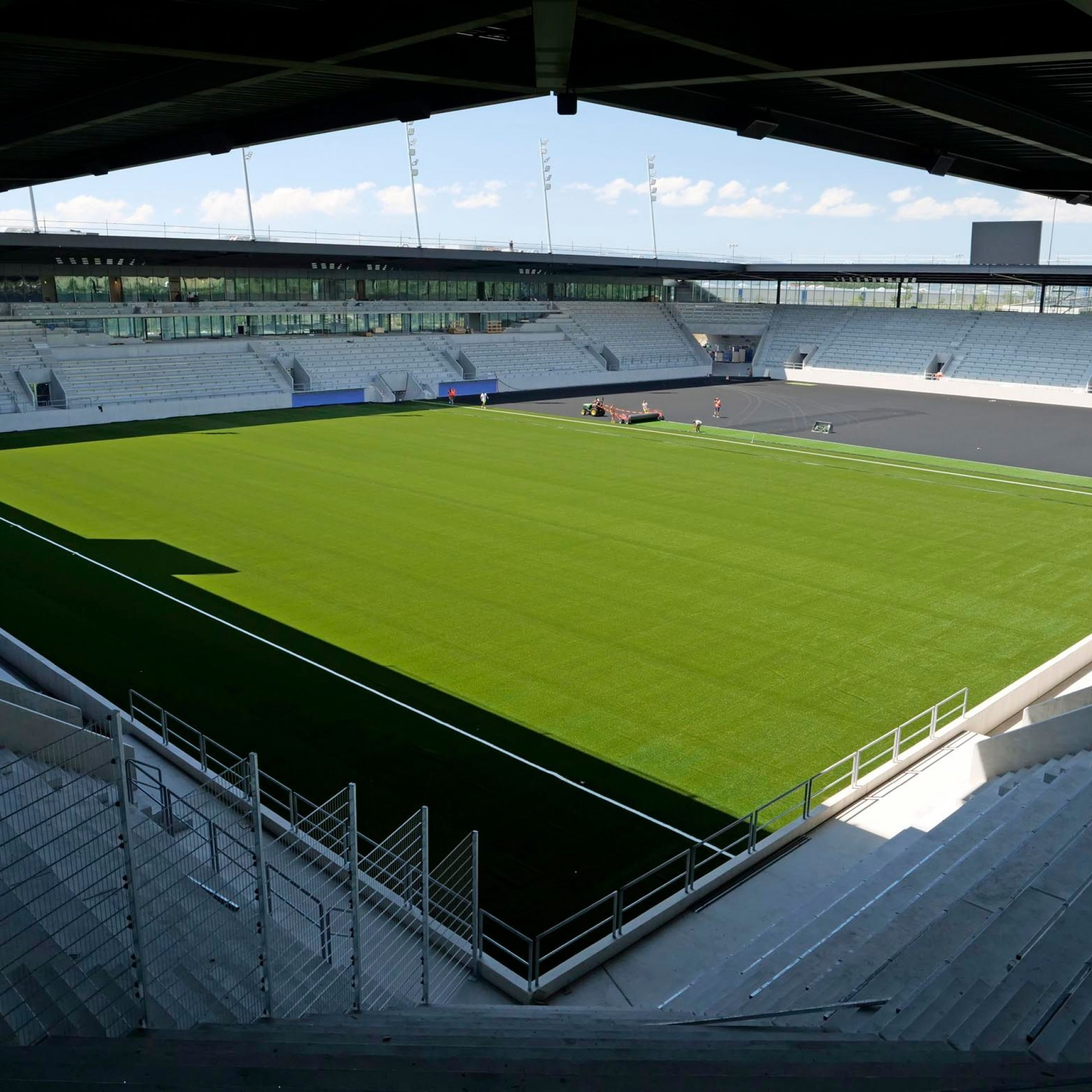 Lausanne-Sports inaugure son stade de football de la Tuilière