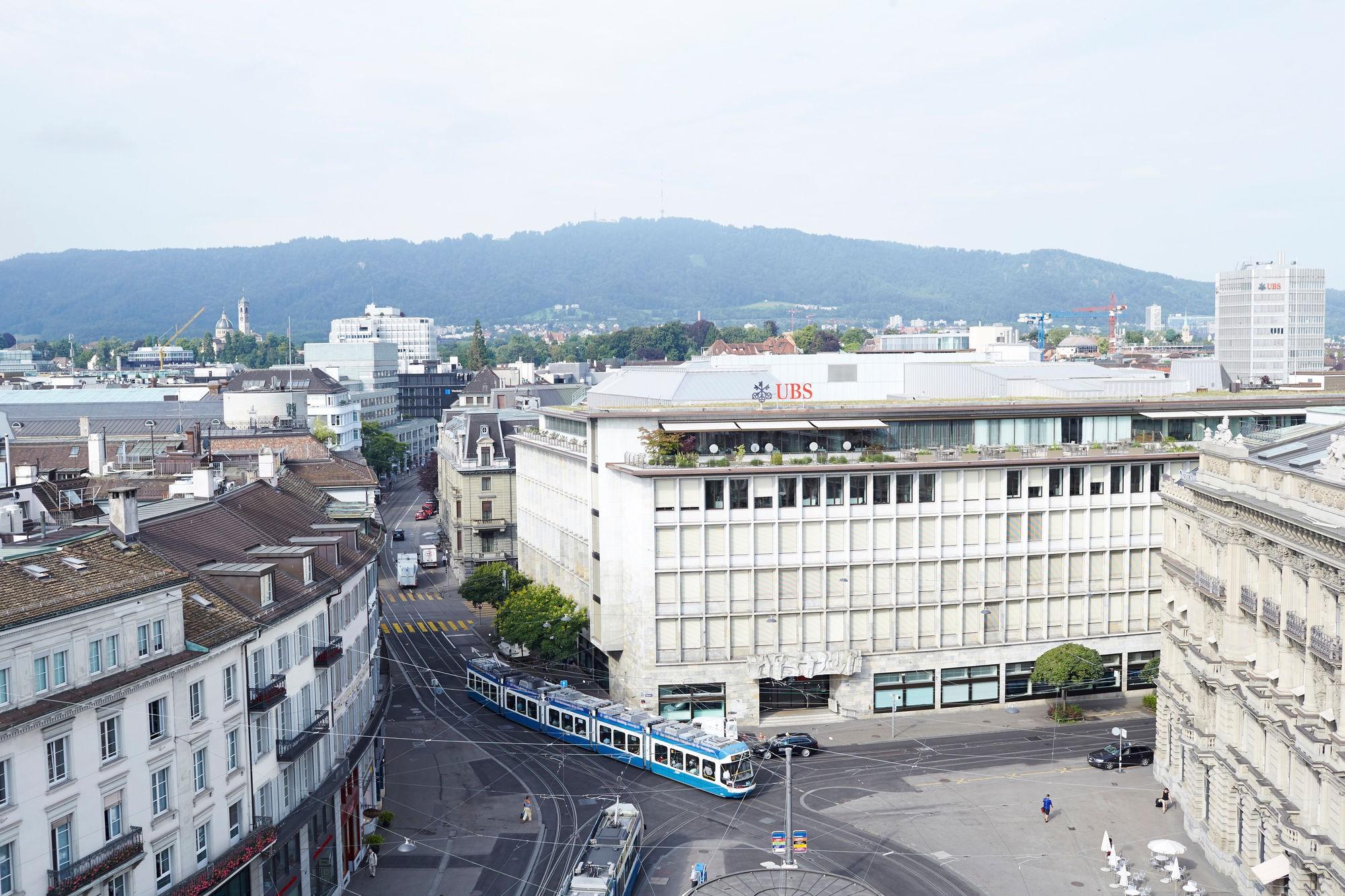 UBS Paradeplatz 1