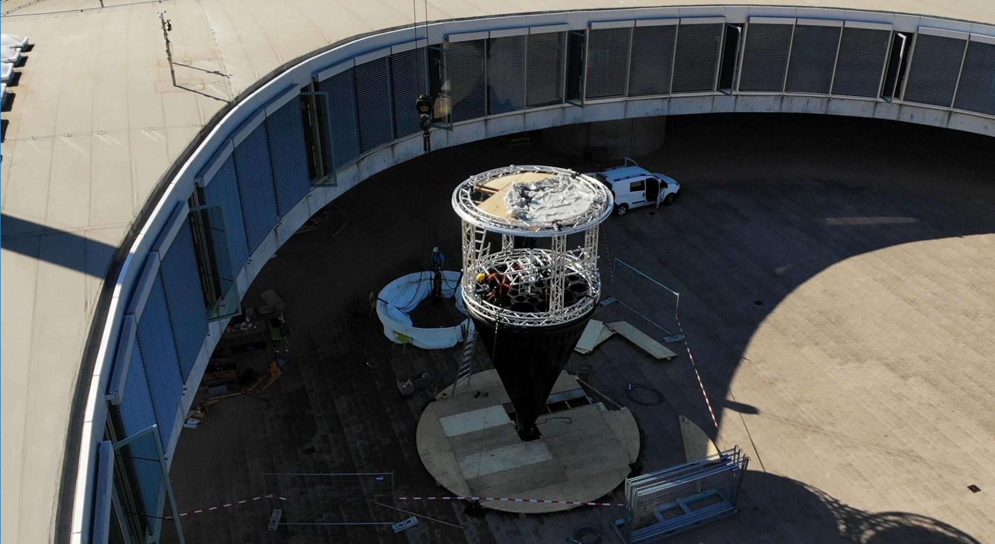 Rohrewerk à l'EPFL: l'étrange structure qui peut faire penser à un module de l'espace a été posée mi-décembre 2021.