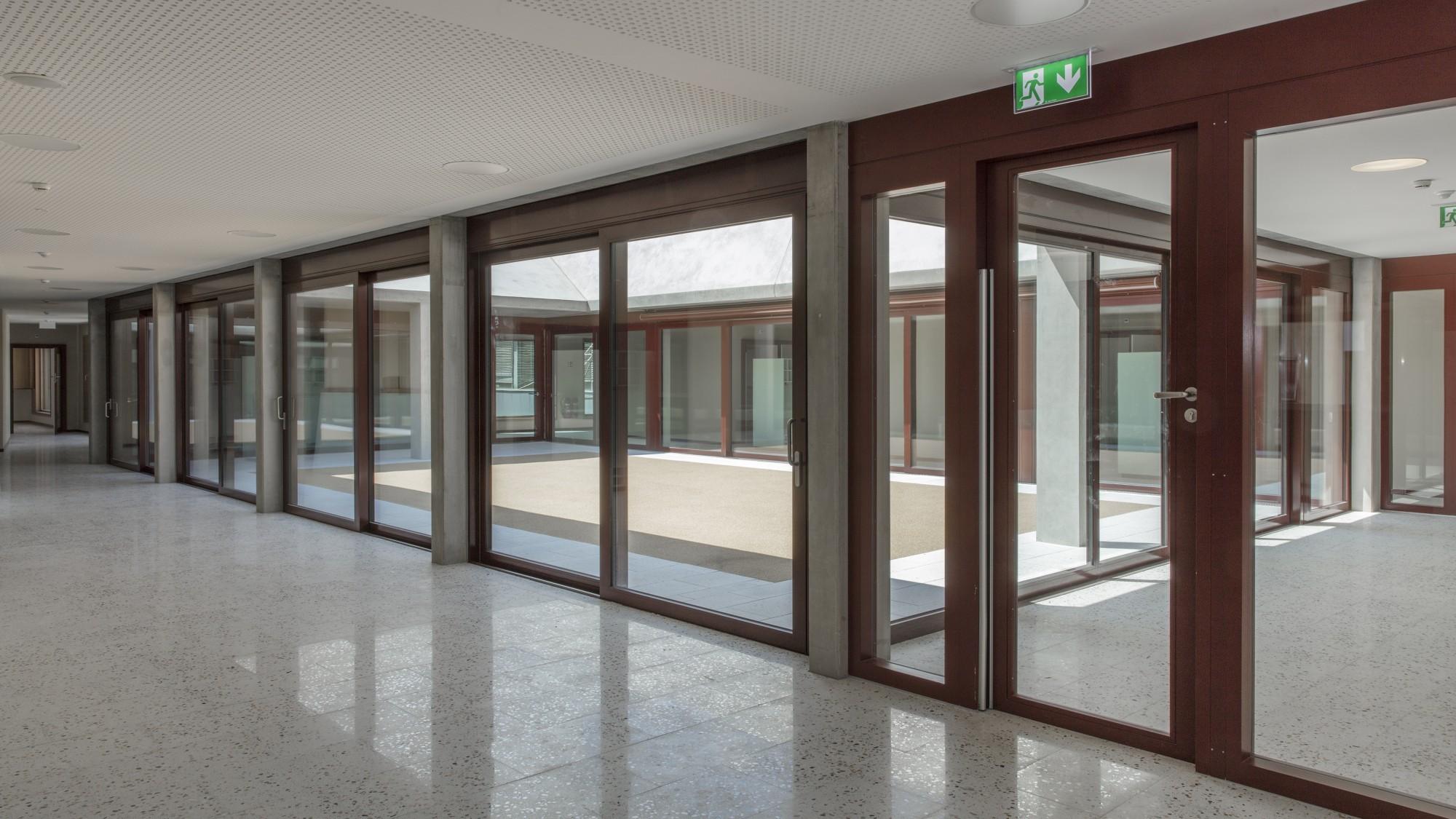 Bâtiment d'équipements publics boulevard St-Georges 21 Genève