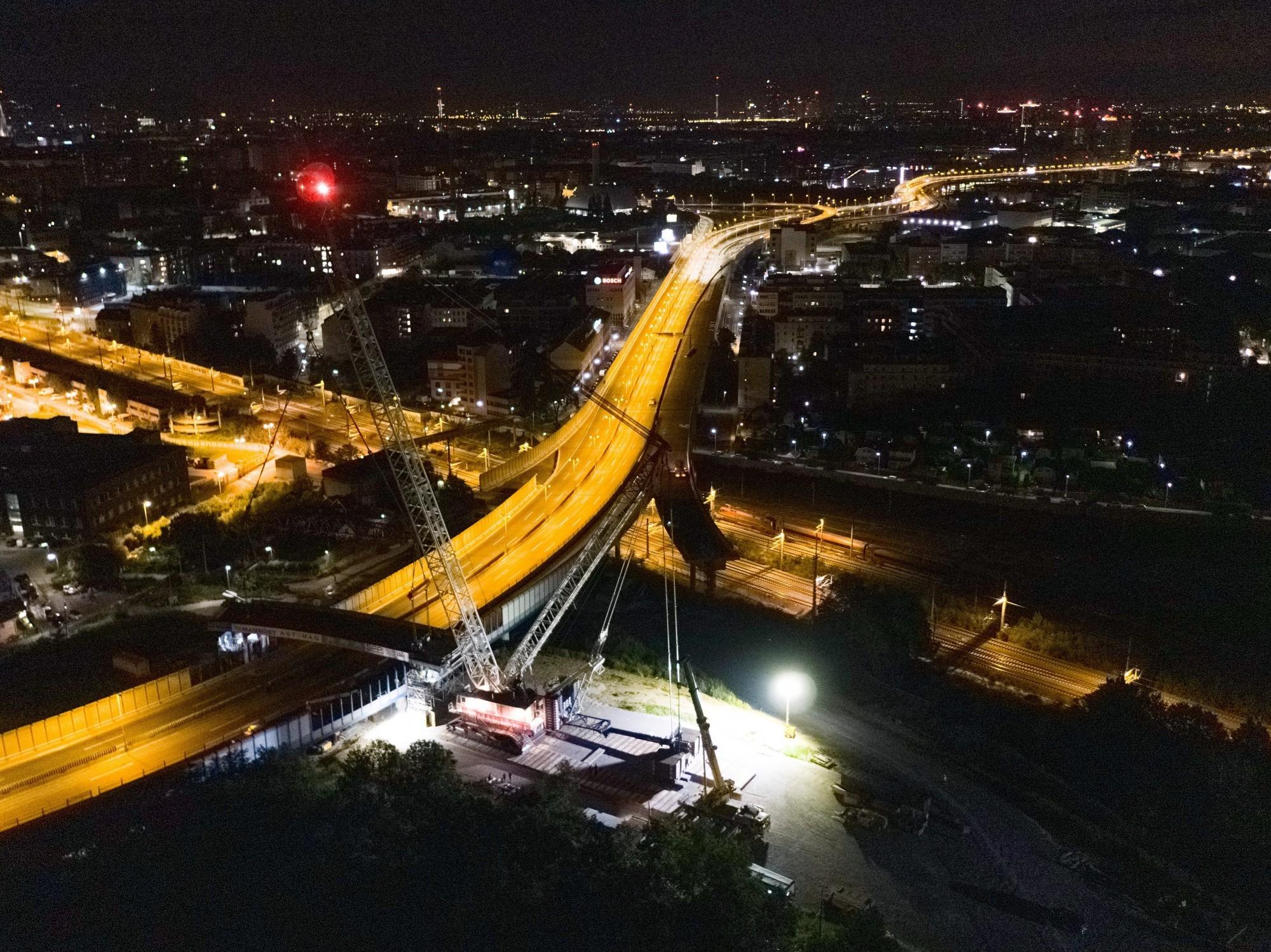Fermeture complète d'une section de la tangente sud-est de Vienne pendant la nuit.
