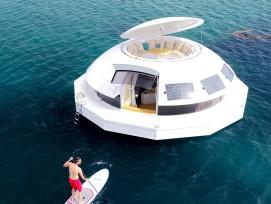 Anthénea Pod soucoupe flottante James Bond suite hôtel