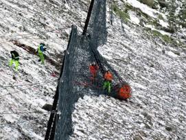 Institut pour l'étude de la neige et des avalanches, tests, pierres, filet protection