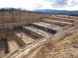 Le cimentier Holcim exploite le site d'Eclépens depuis 1953, au grand dam des défenseurs de l'environnement d'aujourd'hui.