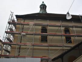 Les façades du Temple du Bas de Neuchâtel ont subi un solide nettoyage.