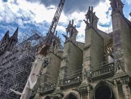 Une grue de 80 m de haut a pu évaluer les 40000 éléments de la structure.