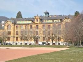 Lycée Jean-Piaget 6