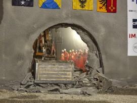 Tunnel route des Nations Genève percement