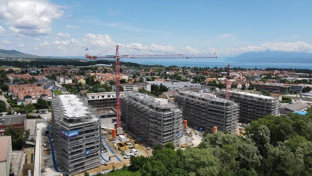 Immeubles en construction dans le quartier les Lisières à Gland