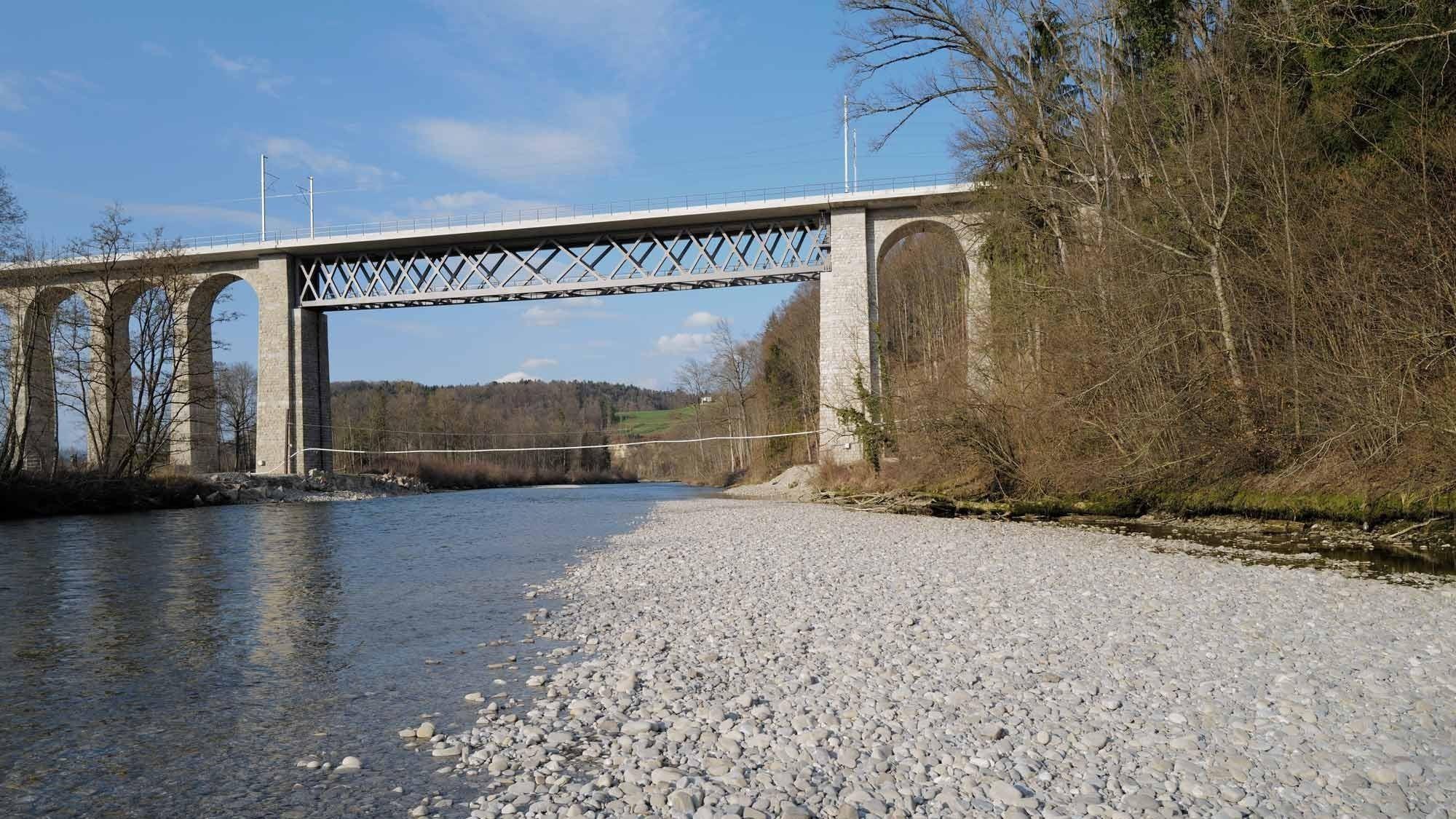 Rénovation du viaduc de la Sarine et doublement de la voie, Mühleberg, Gumine, en quatrième position.